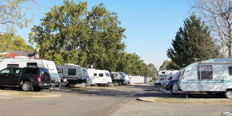 canberra caravan park powered campsites southside. Black Bedroom Furniture Sets. Home Design Ideas